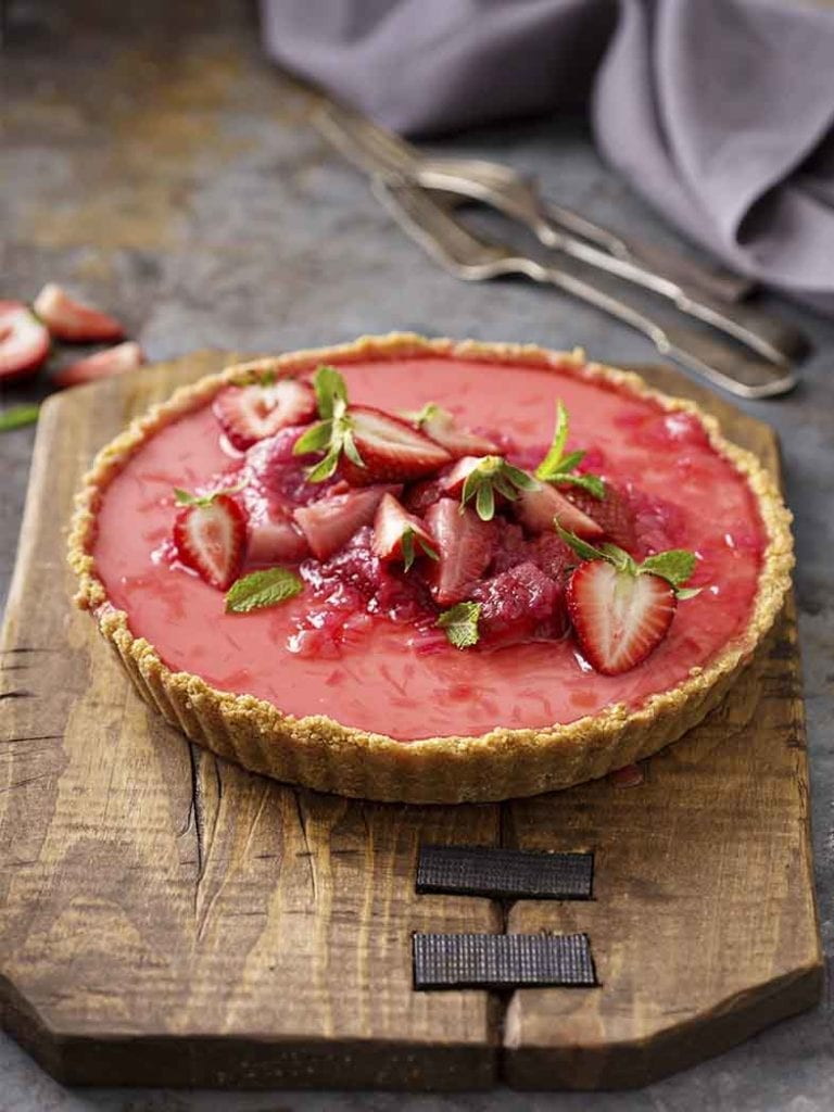 Strawberry And Rhubart Tart Recipe 786x1048